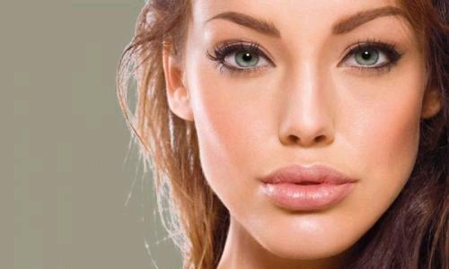 фото девушек с красивыми губами