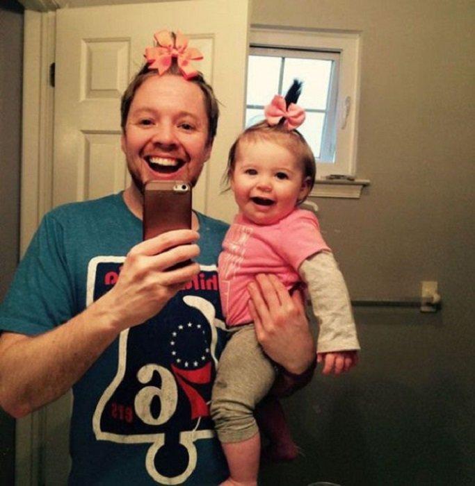 Как сделать дочку маму и папу